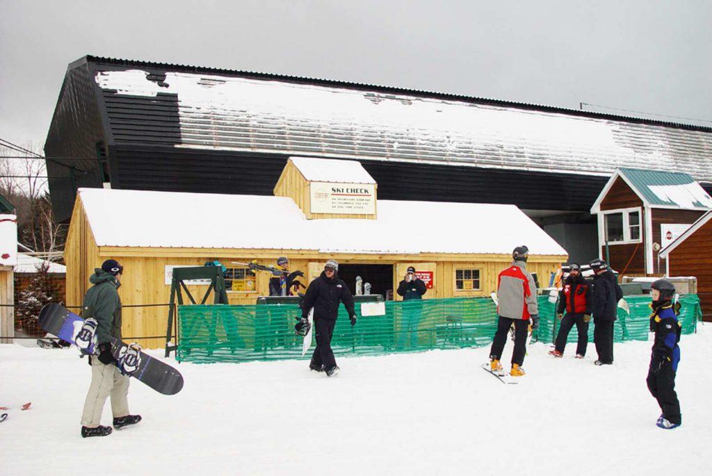 Stratton Overnight Ski Storage