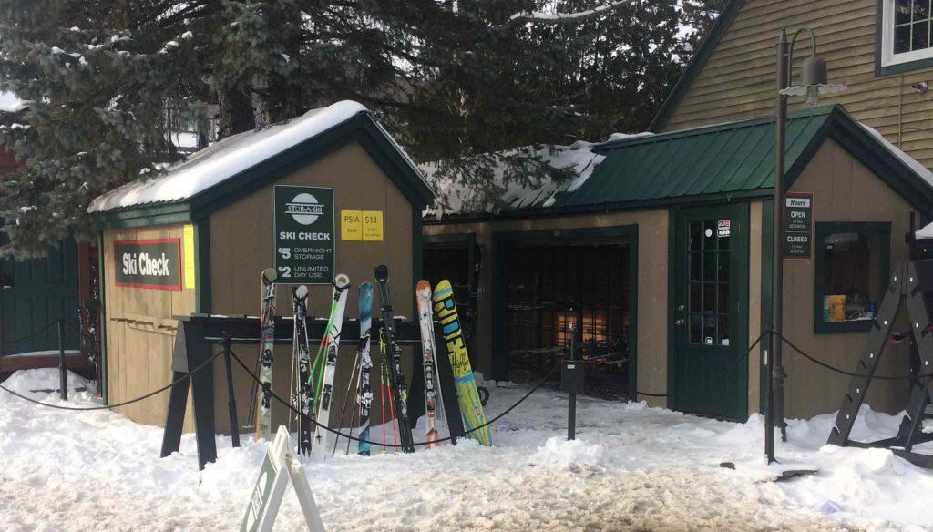 Mount Snow Stor-A-Ski